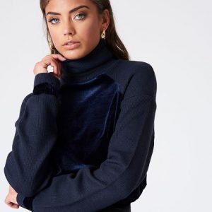 na-kd_velvet_sweater