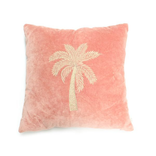 ala-makkamalee-pillow-pink-velvet-palm